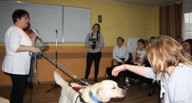 Zaangażowane w temat i aktywne w bezpieczeństwo dla zwierząt